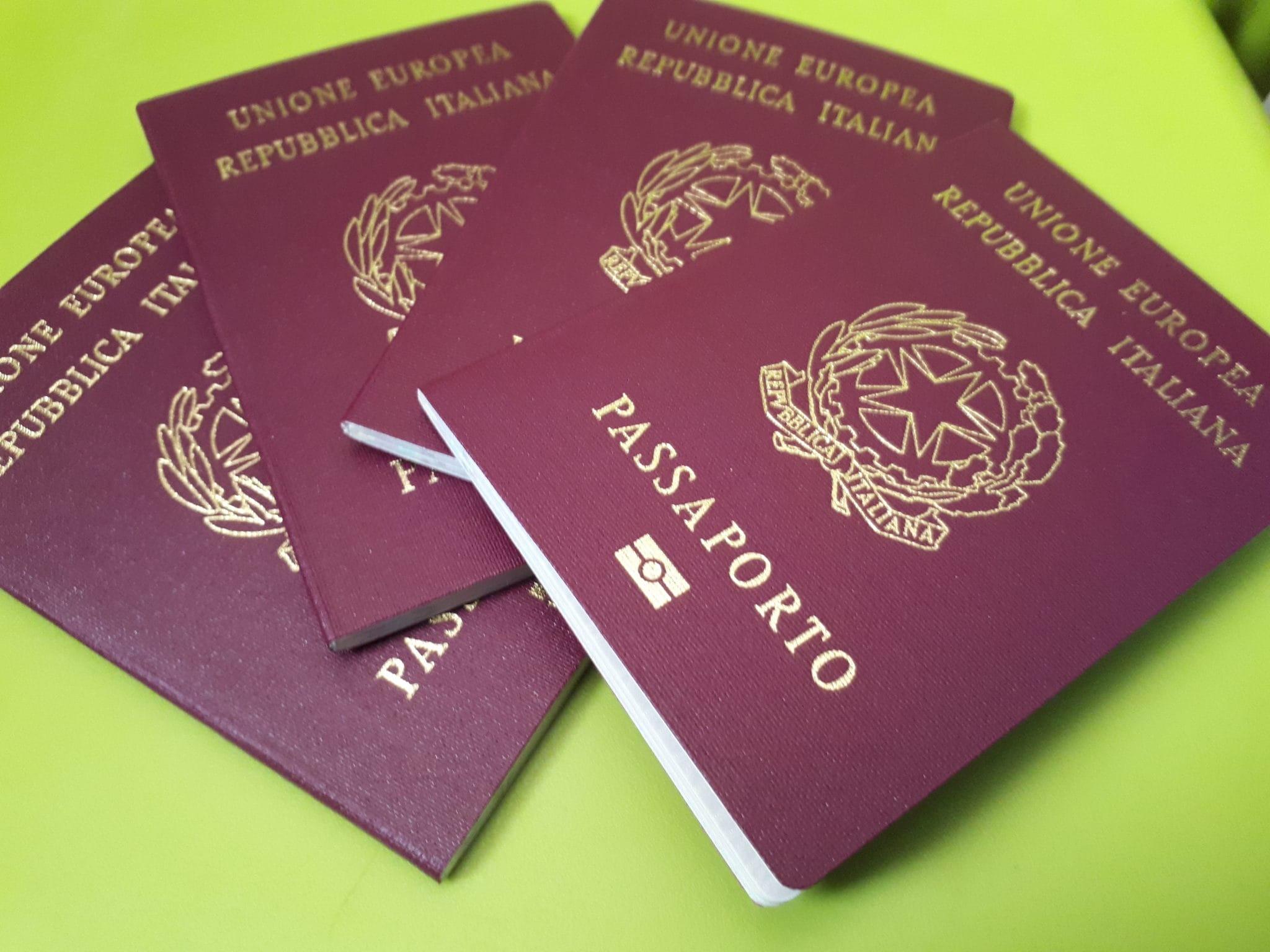 Ufficio Passaporti A Milano : Come ottenere il passaporto per i minori dai che partiamo