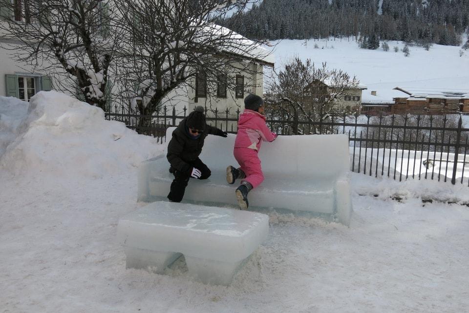 trenino del bernina in inverno