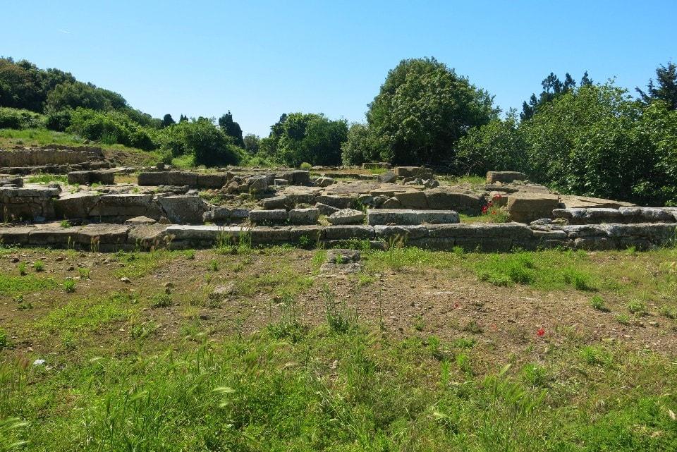 Visita all'Acropoli del Parco Archeologico di Baratti e Populonia