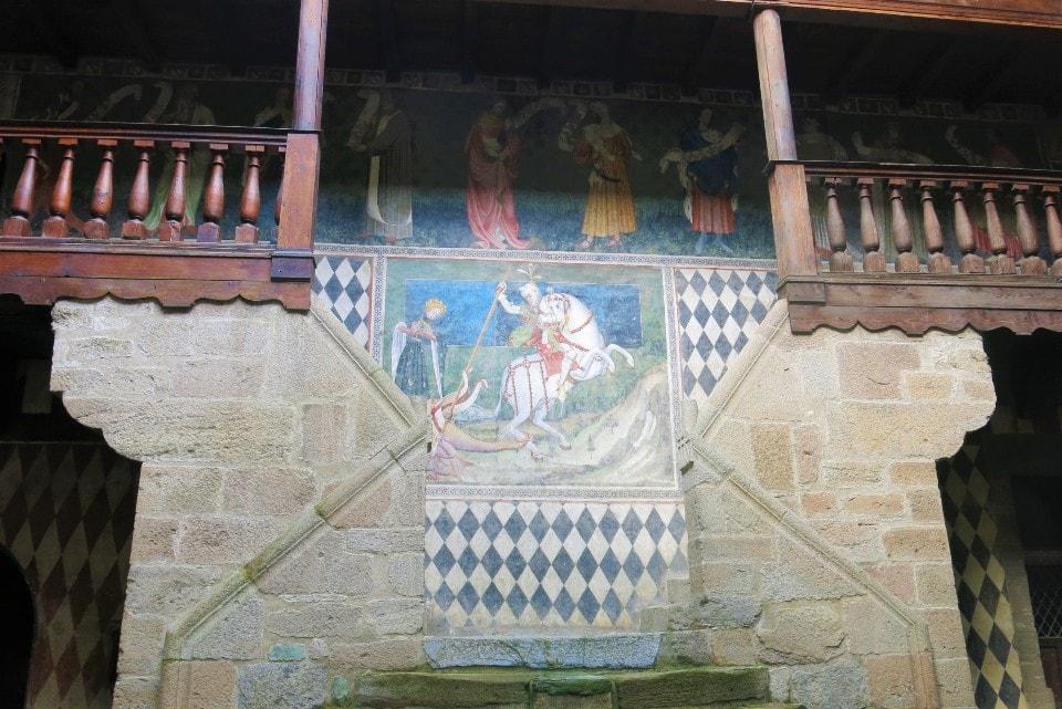 visita al castello di fénis con i bambini