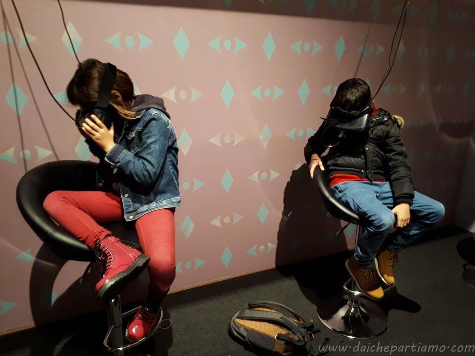 mostra di Magritte a Milano con bambini