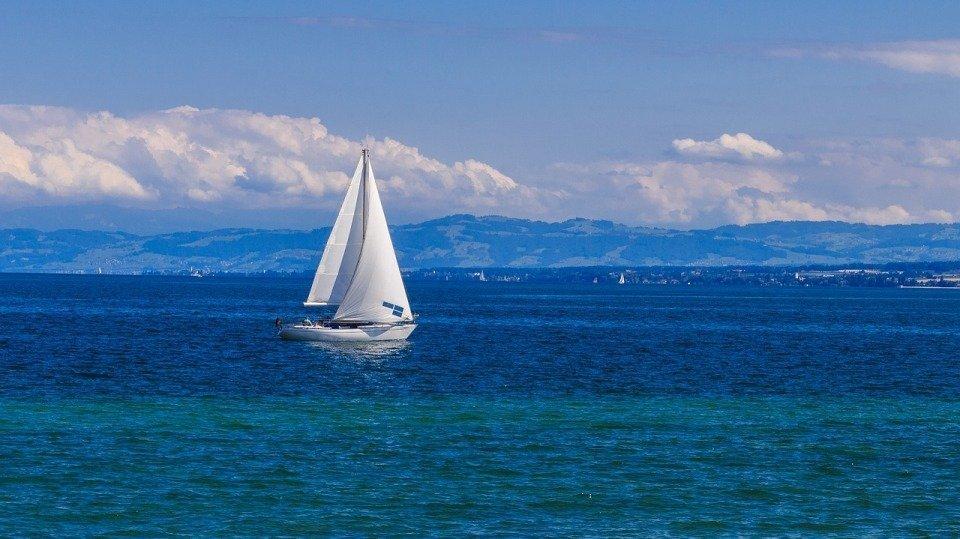 barca a vela con i bambini