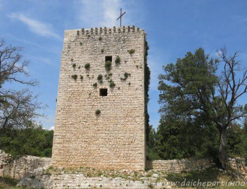 Trekking facile vicino a Bari: le rovine di Castiglione